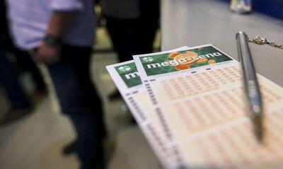 A quadra também premiou 25 apostas feitas no Estado, que faturaram R$ 909,24 cada