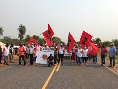 O ato faz parte de um movimento nacional em prol da reforma agrária