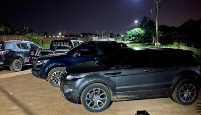 Carros roubados recuperados na ação